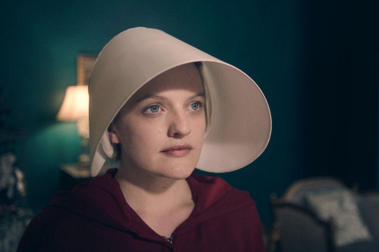 La actriz Elisabeth Moss protagoniza 'El cuento de la criada'