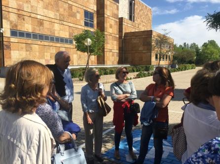 Grupo Conocer Madrid en su travesía de esta semana al depósito de la Biblioteca Nacional de Alcalá de Henares.