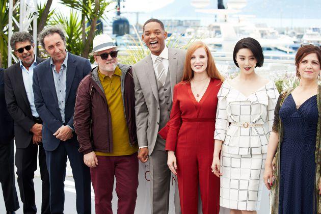 Los miembros del jurado de Cannes: Gabriel Yared, Paolo Sorrentino, Pedro Almodovar, Will Smith, Jessica Chastain, Fan Bingbing y Agnes Jaoui