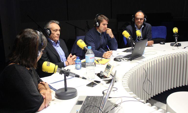 Debate económico en 'Hora 25'. Junto a Àngels Barceló, (de izquierda a derecha): Manuel Escudero, Manuel de la Rocha y José Carlos Díez