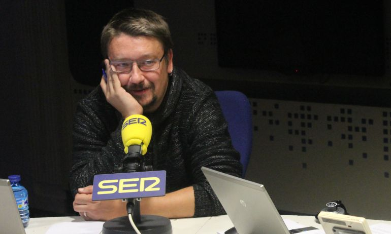 """Domènech: """"La colaboración entre el PP y el PDCat huele mal"""""""