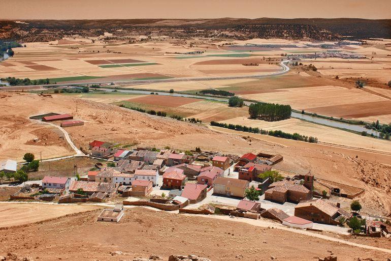Tres pueblos españoles compiten por tener Internet gratis durante un año