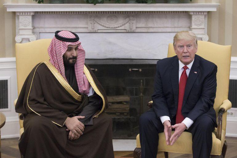 El presidente de Estados Unidos junto al principe heredero y ministro de defensa de Arabia Saudí durnate la reunion que mantuvieron en la Casa Blanca