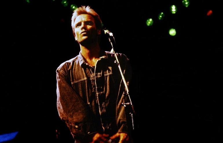 Sting durante un concierto en Wembley en 1986