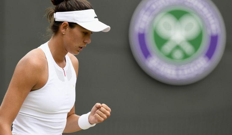 La tenista española Garbiñe Muguruza, durante el partido de cuartos de final del torneo de Wimbledon disputado ante la rusa Svetlana Kuznetsov.