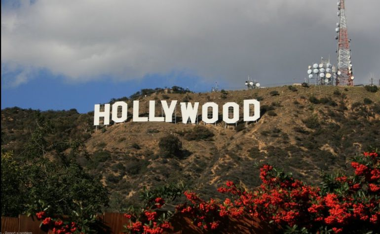 La actriz que se suicidó saltando desde el cartel de Hollywood