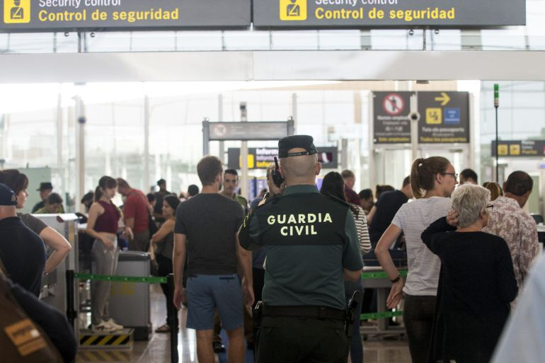 Guardia Civil en el Prat