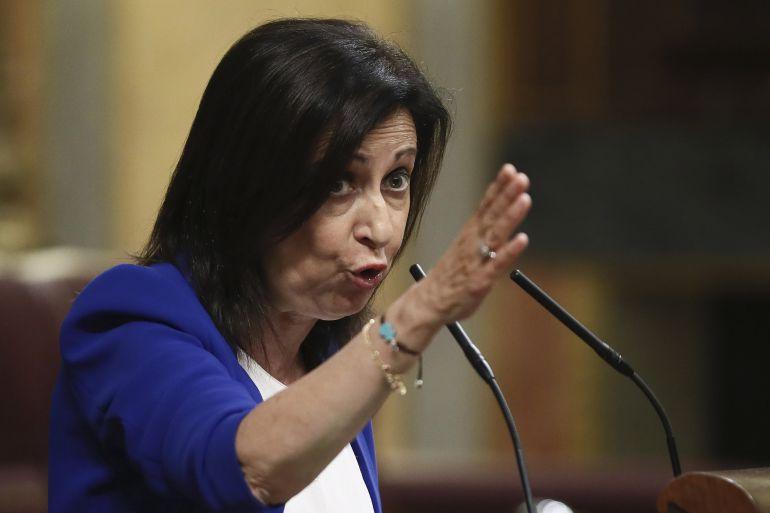 La portavoz parlamentaria socialista, Margarita Robles, durante su intervención en el pleno extraordinario del Congreso