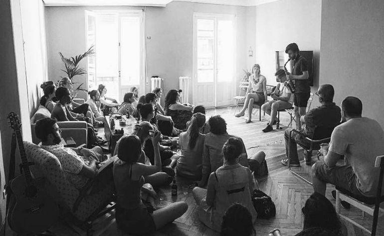 Uno de los conciertos en salones que organiza Living Room Concerts