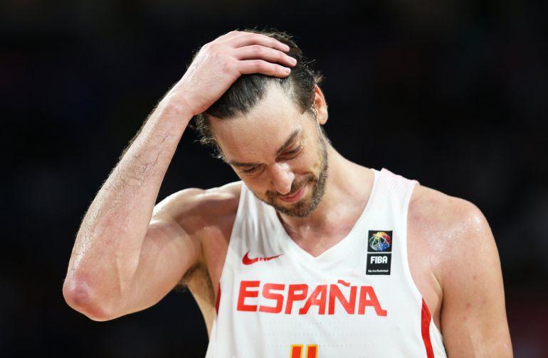 Pau Gasol de España reacciona en el juego ante Eslovenia.