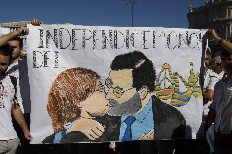 """""""Independicémonos del odio"""" rezaba esta pancarta en una protesta en Madrid el pasado 7 de octubre"""