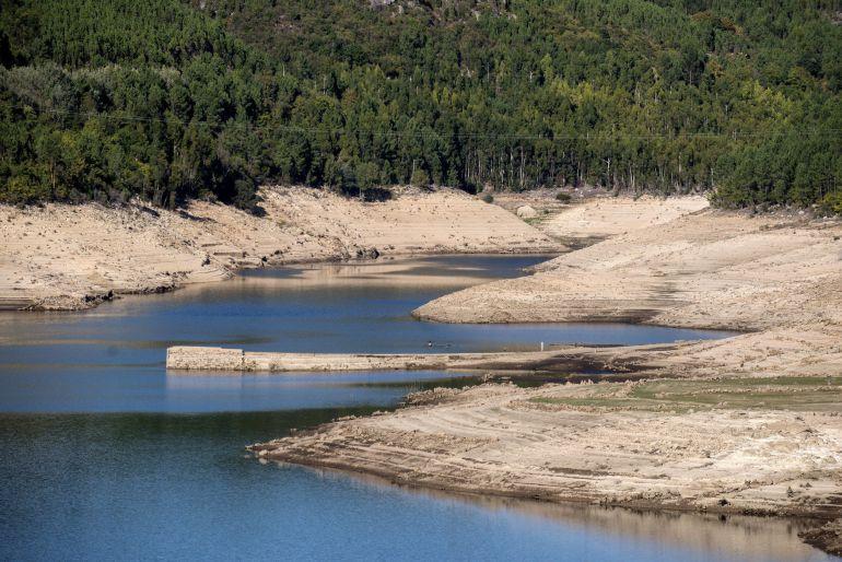 """Santiago Martín, en la SER: Santiago Martín: """"Consumimos más pero a la vez tenemos menos agua, lo que nos puede llevar a un colapso hídrico"""""""