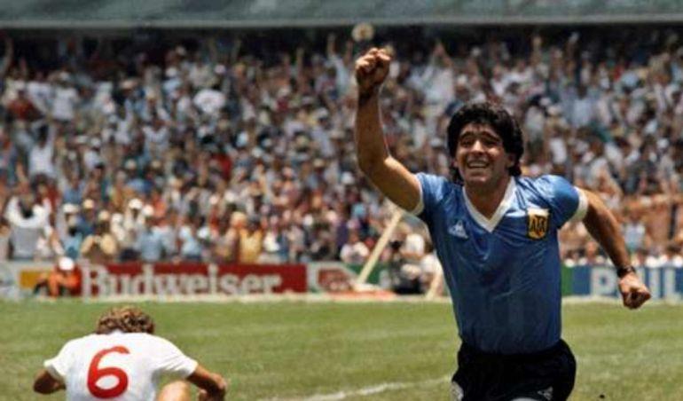 Maradona tras uno de sus goles en el Mundial