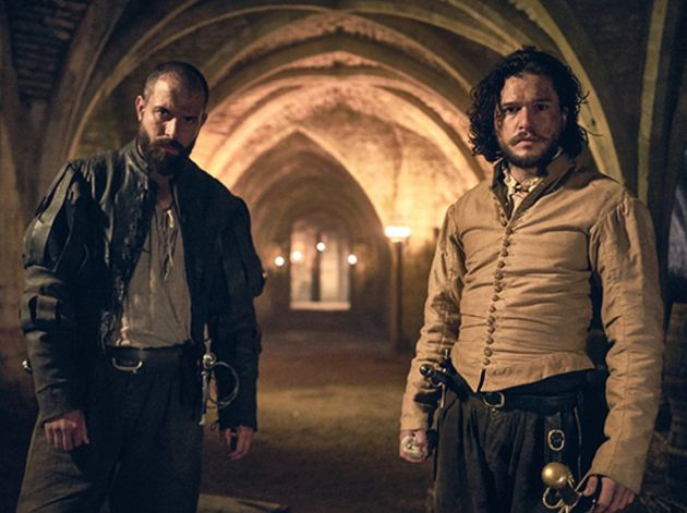 Tom Cullen y Kit Harington, en una imagen de 'Gunpowder'