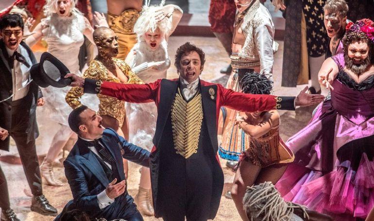 Hugh Jackman protagoniza el Gran Shwoman: 'El gran showman': cuando los raros son los buenos