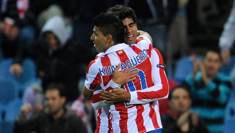 Diego Costa y Agüero en un partido con el Atlético de Madrid en 2010
