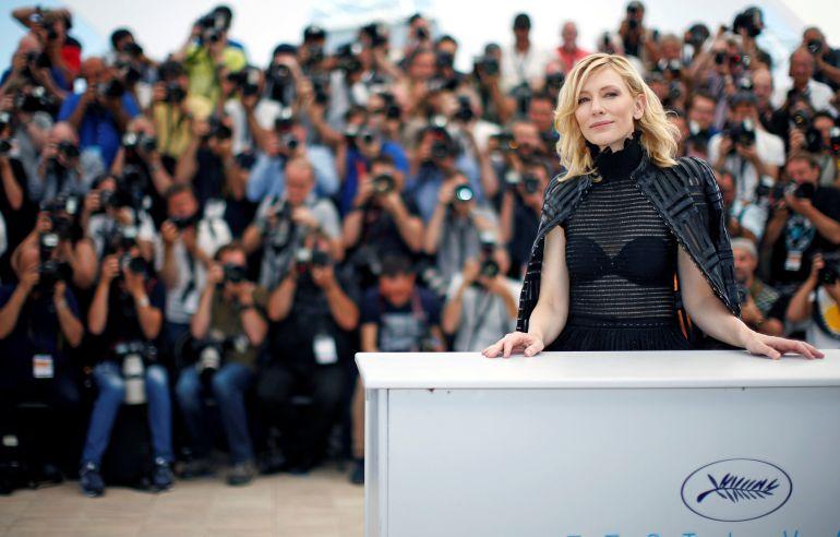Cate Blanchett posando en el photocall del Festival de Cannes en 2015