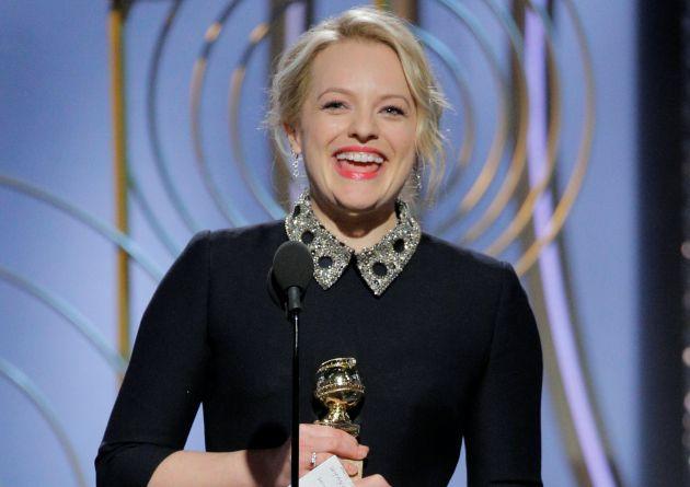 Elisabeth Moss recoge su primer Globo de Oro por 'El cuento de la criada'