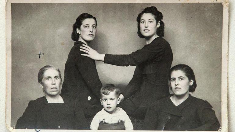 Manipulación de la fotos en la posguerra Española