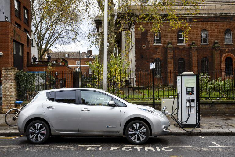 """""""Los coches eléctricos e híbridos son la mejor opción para la ciudad. Si no, mejor diésel o gasolina"""""""