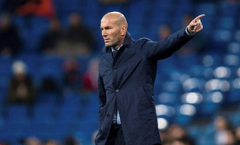El entrenador francés del Real Madrid Zinedine Zidane durante el partido de vuelta de octavos de final de la Copa del Rey