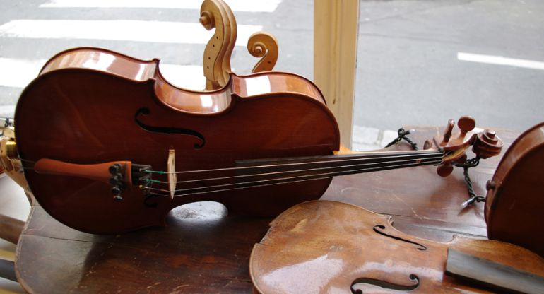 La luthier trailera