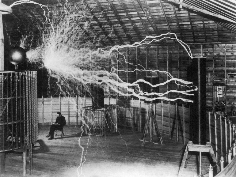 Nikola Tesla: El hombre que iluminó al mundo