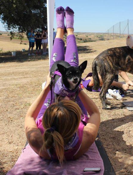 """Doga, yoga y dog: """"Con el 'doga' al animal le sonríe el alma"""""""