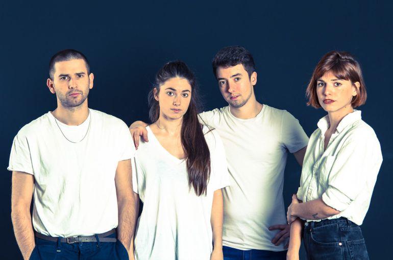 De izquierda a derecha: Josu, Lore, Lander y Cris.