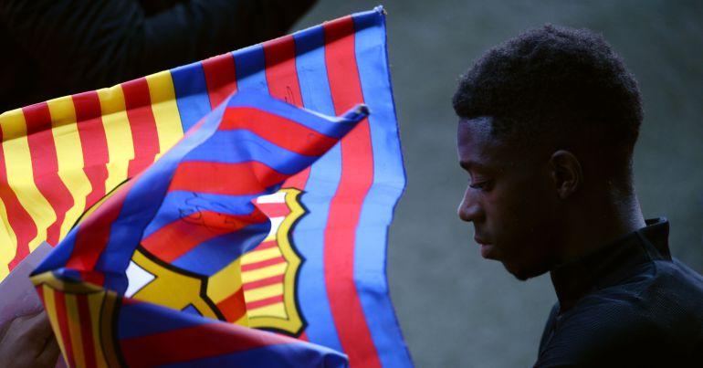 Dembélé durante un acto con el Barça