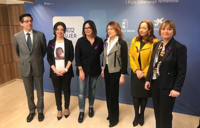 En el centro, Gemma Cernuda, Àngels Barceló y Patricia Soley-Beltrán en el I Foro de Liderazgo Femenino celebrado en Ciudad Real