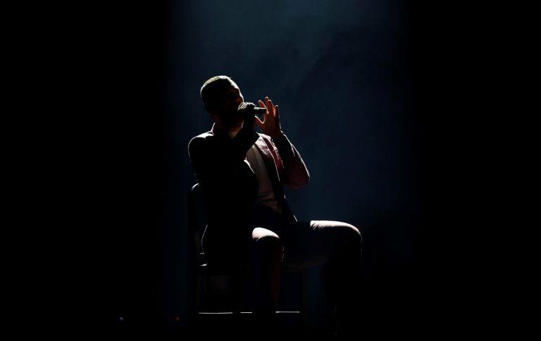 El cantante británico Sam Smith durante el concierto que ha ofrecido en Barcelona parte de la gira 'The Thrill of It All'