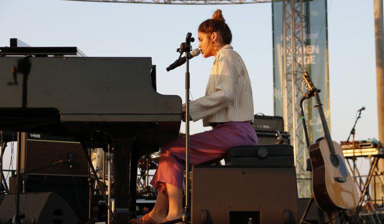 Amaia Romero durante su actuación en el Primavera Sound.
