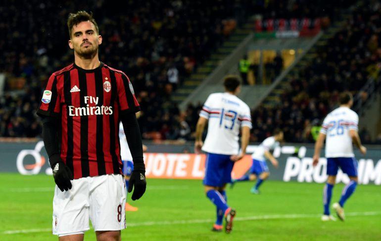 Suso en un partido con el Milan