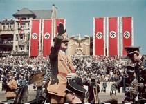 Hitler recibe a la Legión Cóndor