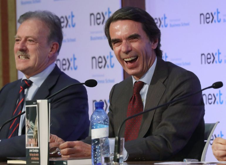 Aznar se ofrece para dar conversación a gente que esté muy sola