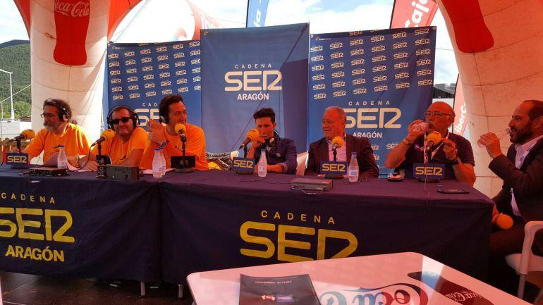 El equipo de SER Aventureros en la Quebrantahuesos 2017