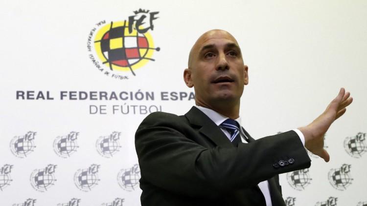 No hemos consultado con los jugadores el fichaje de Luis Enrique
