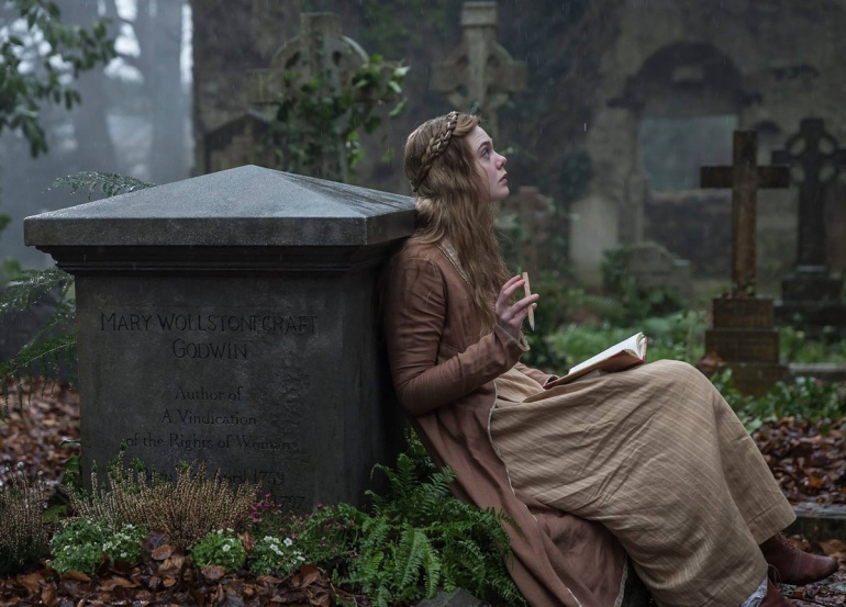 La actriz Elle Fanning en 'Mary Shelley'