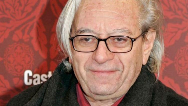 Madrid tendrá una cabina roja en homenaje al director Mercero