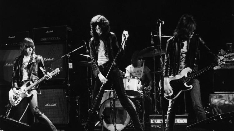 Menos camisetas y más discos: la historia de los Ramones