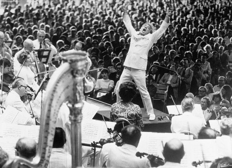 Leonard Bernstein: Así festeja Google el centésimo aniversario de su nacimiento