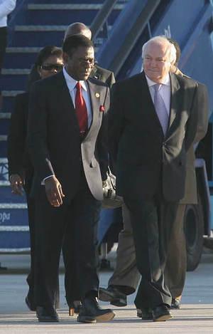 Obiang llegó el martes a Madrid (EL PAIS)