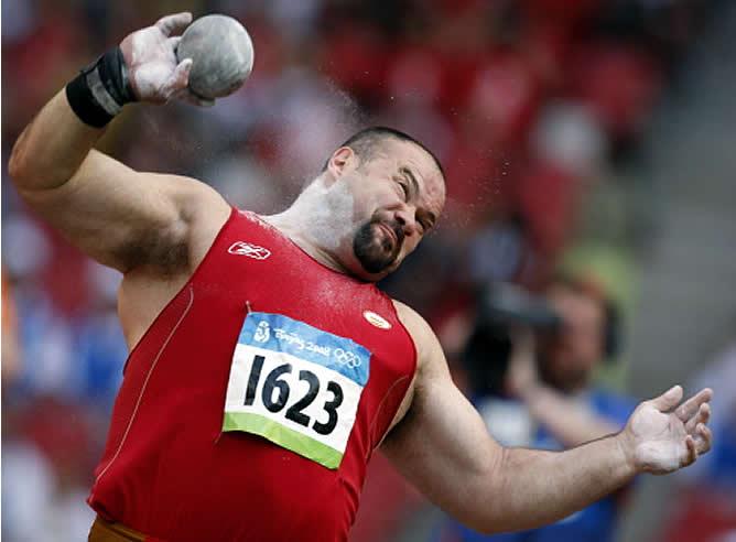 El atleta leonés Manolo Martínez se queda fuera de la final de lanzamiento de peso