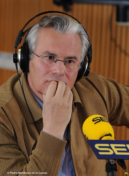 En la imagen, el juez Baltasar Garzón en los estudios de la Cadena SER en enero de 2008.