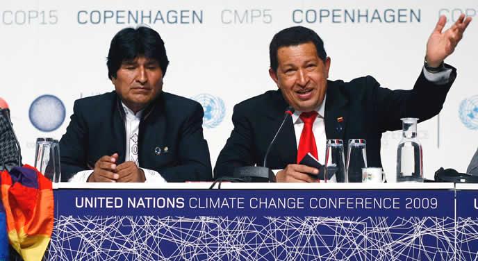 Evo Morales y Hugo Chávez, en la Cumbre de Copenhague de 2009