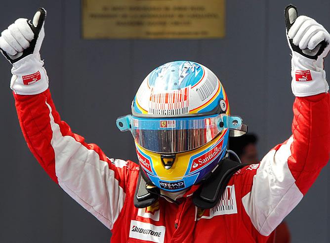 Fernando Alonso celebra su segundo puesto en Montmeló