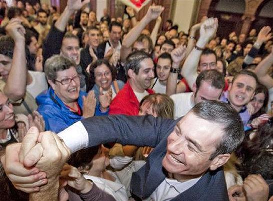 FOTOGALERIA: Tomás Gómez, aclamado por los militantes que le han apoyado