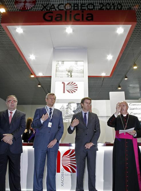 Juntos han visitado el Centro Internacional de Prensa, donde trabajarán los periodistas durante la visita del Papa