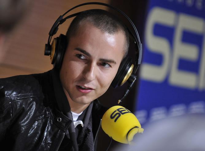 El piloto español Jorge Lorenzo, durante la entrevista con José Ramón de la Morena